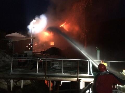 Fare for eksplosjon i brann i Nord-Tr�ndelag