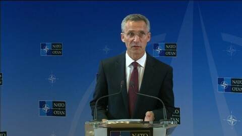 Stoltenbergs f�rste tale som NATO-sjef: ? Vi m� se endringer i Russlands handlinger