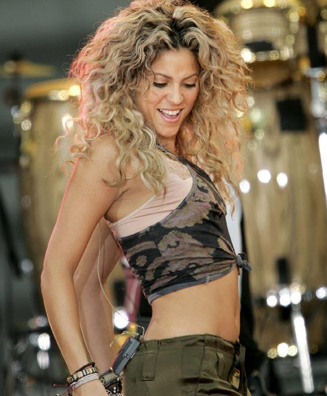 Top 5 Shakira Google Images