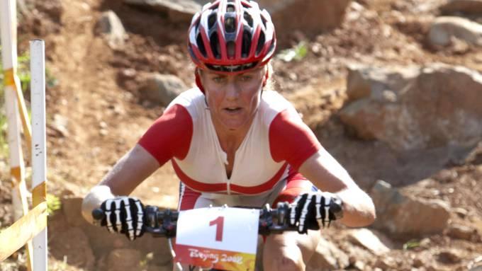 Gunn-Rita Dahle Flesjå fantastisk syklist, gir kurs i sykkelteknikk! thumbnail