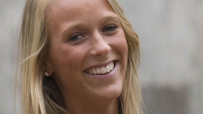 Nå blir hun fotball-enke, Katarina Flatland! thumbnail