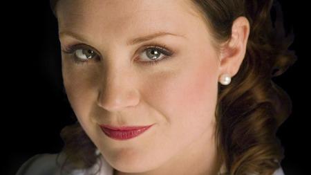 Vakre og sexy «Hotel Cæsar»-stjerne Ingrid Nordby venter barn, er gravid! thumbnail