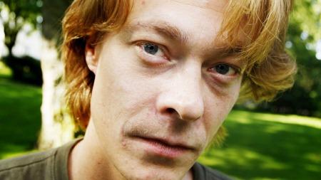 Kristoffer Joner håper datteren ikke blir skremt av pedofil-rollen i «Kongen av Bastøy»! thumbnail
