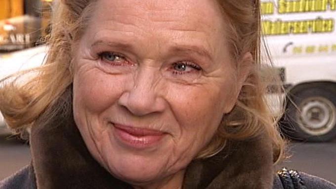 Liv Ullmann skjelte ut Cate Blanchett, er forbannet på fruentimmeret! thumbnail