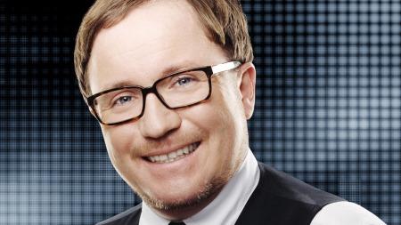 Per Sundnes er en forvirra femidott, bytt han ut NRK! thumbnail
