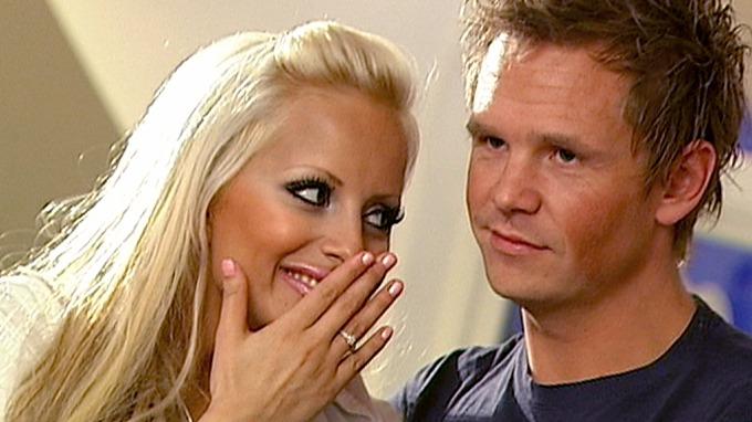 Linni Meister og Bernhard Berntzen giftet seg i en privat seremoni i Las Vegas thumbnail