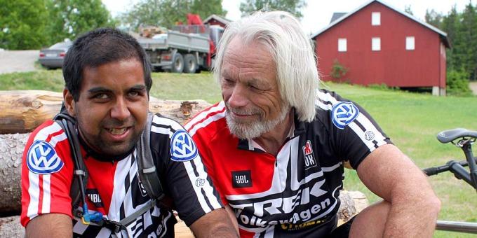 Tahir opplever verden gjennom sykkelen