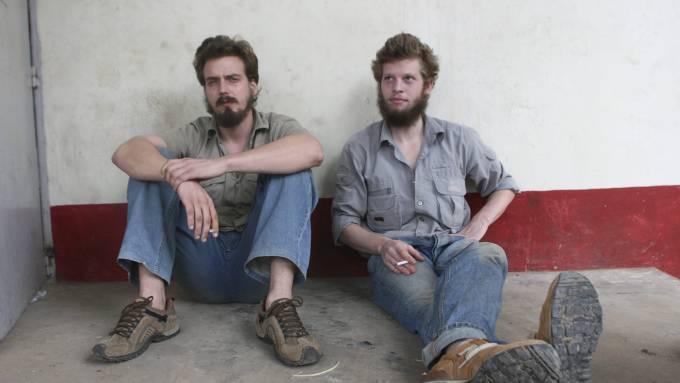 Moland og French tatt for rømningsforsøk, få gutta hjem Støre! thumbnail