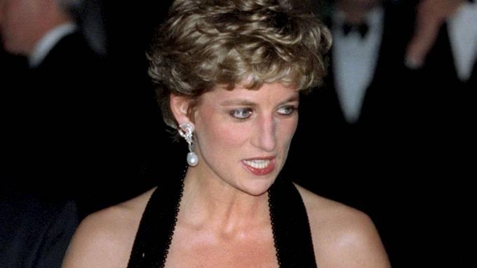 Prinsesse Diana bør vel få hvile i fred for simple spekulasjoner! thumbnail