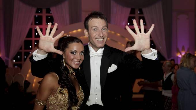Carsten Skjelbreid  er manges favoritt til å vinne «Skal vi danse»! thumbnail