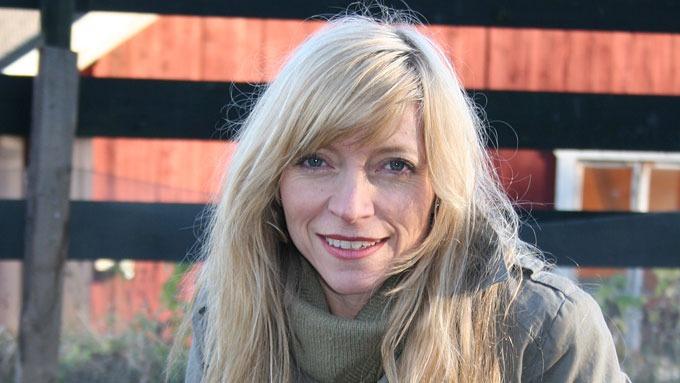 Julie Brodtkorb slakter Trude Mostues likestillings-utspill! thumbnail