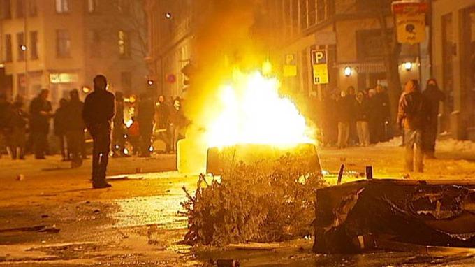 Store skader etter gateslaget i Oslo sentrum