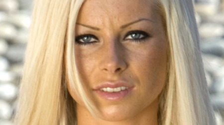 Tine Helene Valle fra «Paradise» har flyttet sammen med kjæresten svenske Daniel Adler! thumbnail