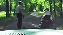 Forsøker å kjøre fra politiet - på gressklipper