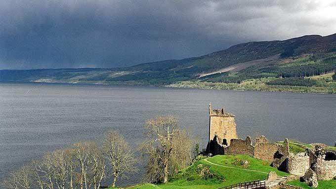 Loch Ness sjøormen/sjømonsteret er vel ren fantasi! thumbnail