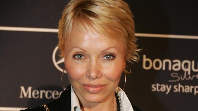 Tidligere puppe-modell Linda Johansen advarer mot kreft! thumbnail