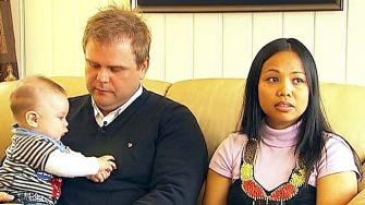 VIL BARE VÆRE EN VANLIG FAMILIE: - Men det får vi ikke lov til, sier Laila. Nå vil familien kjempe i retten for å få være sammen i Norge.