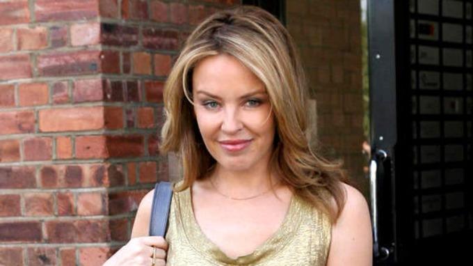 Kylie Minogue innrømmer – Jeg blir nok aldri mamma! thumbnail