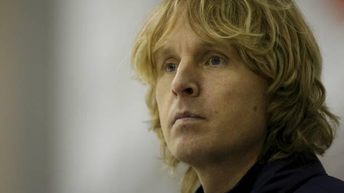Espen Knutsen må ta en pause fra Ishockey-VM når han kjemper i retten! thumbnail