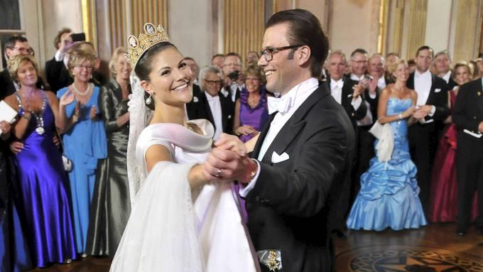 """Kan en svensk milliardær ha kjøpt seg """"inn"""" hos kronprinsesse Victoria? thumbnail"""