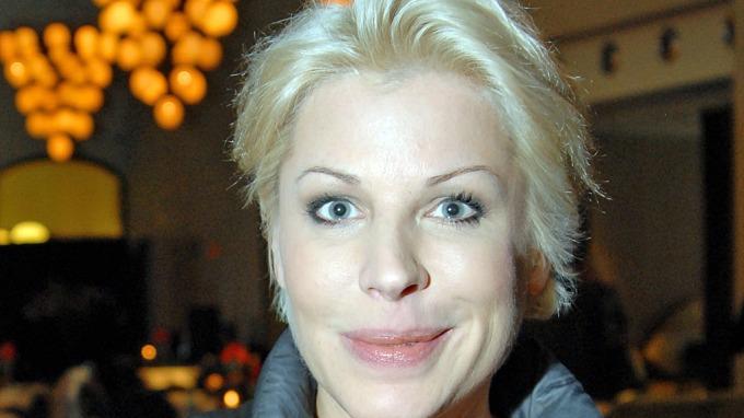 Anne-Kat Hærland legger økonomiske gullegg på løpende bånd! thumbnail