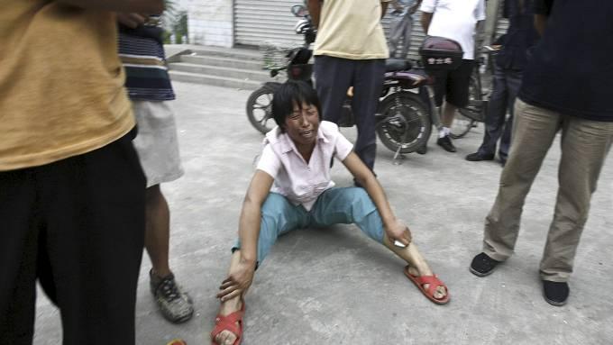 Mann fyllekjørte med gravemaskin, drepte 11 mennesker! thumbnail