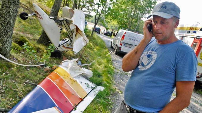 Flyveren Calle fikk rusk i øyet og landet i en tretopp! thumbnail
