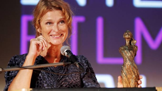 Lena Endre mottok Liv Ullmanns ærespris i Haugesund, en stor ære! thumbnail