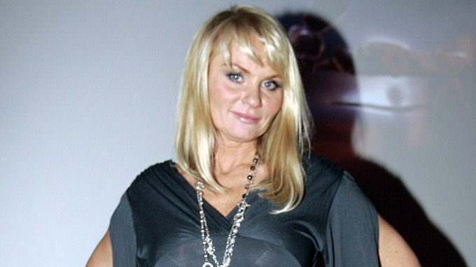 Mia Gundersen påstår at hun har hatt kontakt med sin avdøde mor! thumbnail