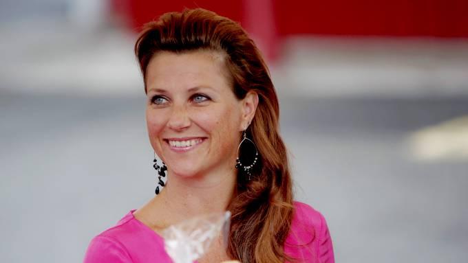 Märtha Louise fyller snart 40 år, noe som skal markeres med en storslagen fest på Slottet! thumbnail