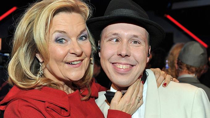 Elisabeth Andreassen skal gjøre en stjerne ut av X-Factor Ole Gustav Johnsen! thumbnail