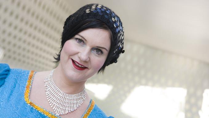 GALE HANE: Lesba Christine Koht vil bli fetere, vil opp i vekt! thumbnail