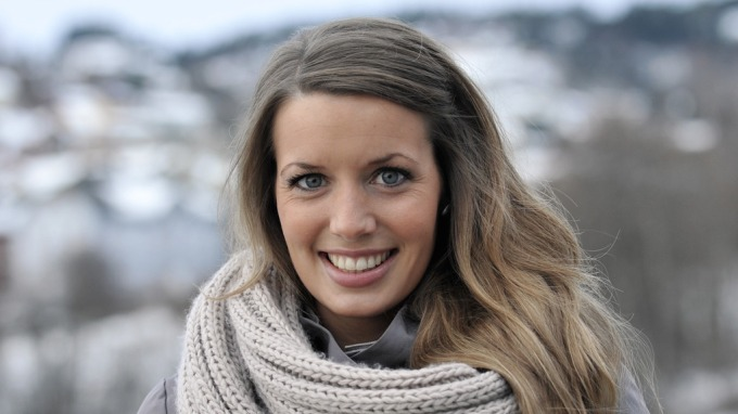 Vakre og sexy Susanne Wergelander er TV 2 Sportens nye ankerkvinne! thumbnail
