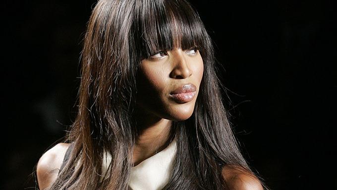 Naomi Campbell, sammenlignet med en sjokolade, men hun er da sjokolade brun! thumbnail