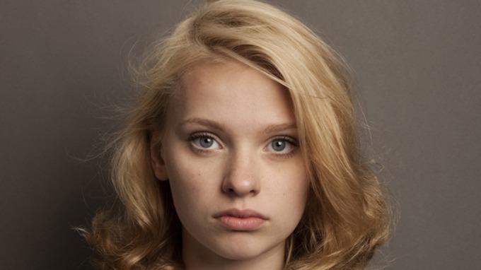 Bambie Maria Bang Vaage advarer mot «Top Model»! thumbnail