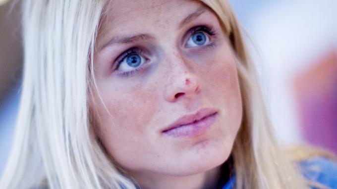 Therese Johaug er en smule manne-kåt, vil ha frierbrev! thumbnail