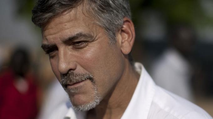 George Clooney innrømmer at han er et dophue, har brukt mye narkotika! thumbnail