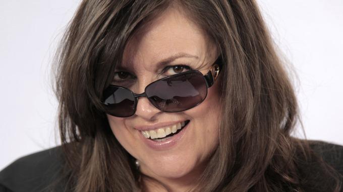 Jenny Jenssen mener at dansebandstempelet har vært ødeleggende! thumbnail