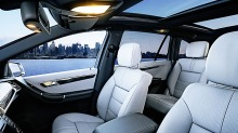 Mercedes R-klasse: Familiebilen for deg som vil kjøre på første klasse