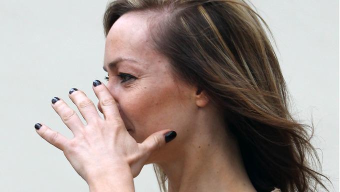 Tara Palmer-Tomkinson forsøkte å skjule kokain-nesa si for fotografene! thumbnail