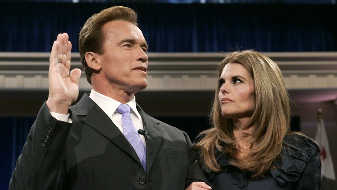 Maria Shriver sto bak lekkasjen Arnold Schwarzeneggers ukjente barn! thumbnail