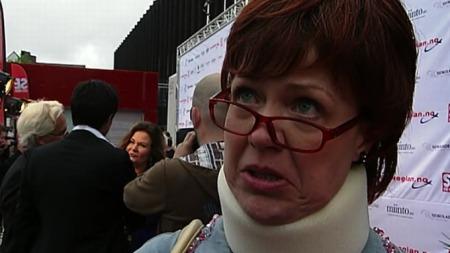 Lene Kongsvik Johansen vant prisen for årets morsomste under Komiprisen 2011 lørdag kveld! thumbnail