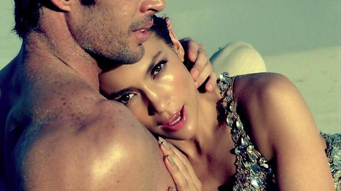 Svinske J-Lo risikerer at eksmannen selger en privat sexvideo, grise-video! thumbnail