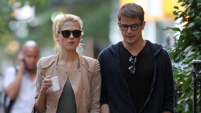 Sophia Lie dater igjen den amerikanske skuespilleren Josh Hartnett! thumbnail