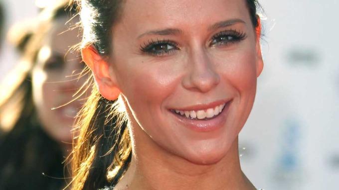 Jennifer Love Hewitt har fått pris som verdens verste skuespiller! thumbnail