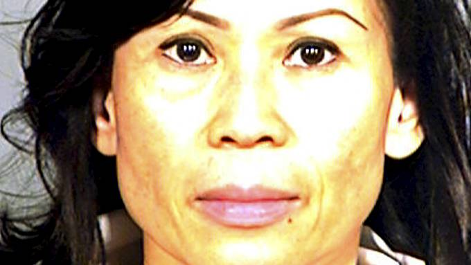 Catherine Kieu Becker dopet ned mannen sin og kuttet av han penisen, en ond kvinne! thumbnail