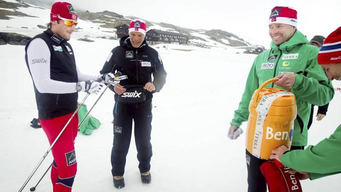 Petter Nordthug og Trond Nystad er på plass i Oberhof og den første samlingen for allroundlandslaget i langrenn! thumbnail