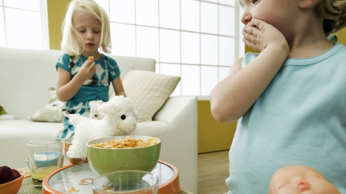 Anoreksi – Femåringer behandles for spiseforstyrrelser i Storbritannia! thumbnail