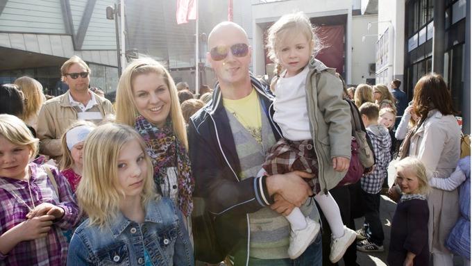 Terje Sporsem gifter seg med Katrine Myrenget, seks år etter at han fridde på direkten! thumbnail