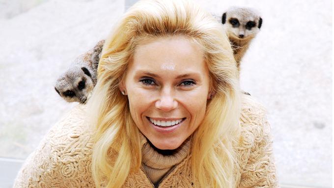 Anna Anka påstår at hun har sluttet med avsugninger eller tung munnsex! thumbnail